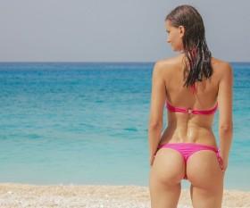 bikini-1171315_640