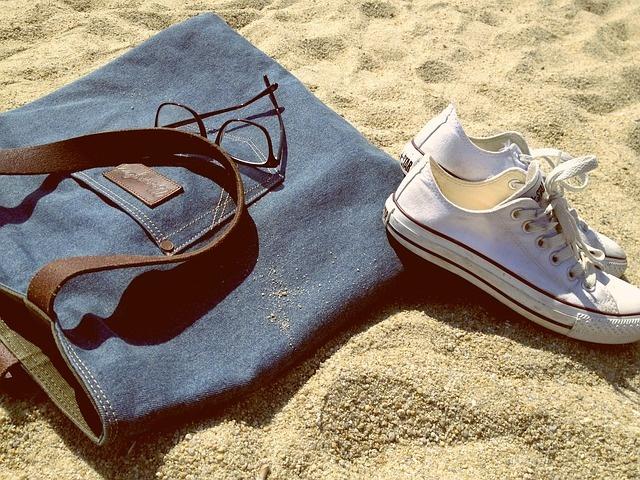 shoes-801949_640