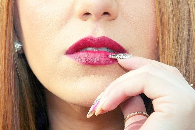 lip-1192463_640