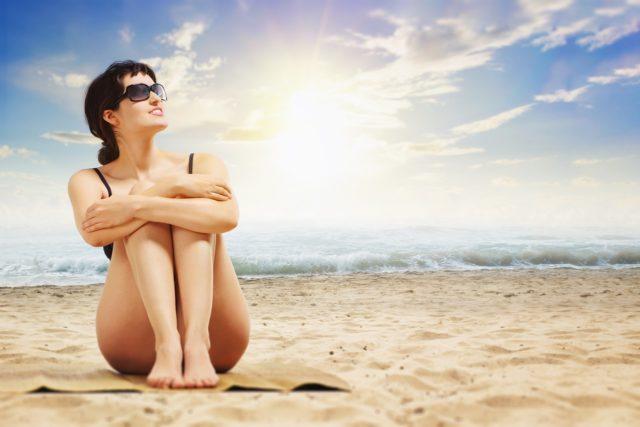 Jak dbać o ciało podczas letnich upałów?